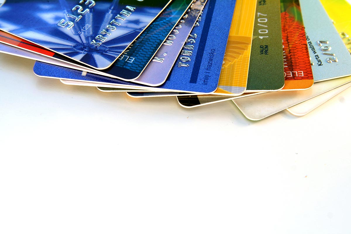 modes-de-paiement-terminal-credit-debit-argent
