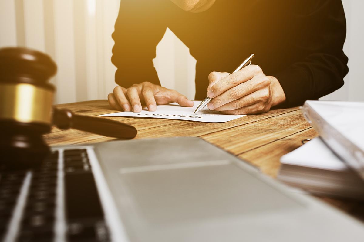 81453915405 Quelles lois encadrent la relation employeur employés  Conseils pour ...