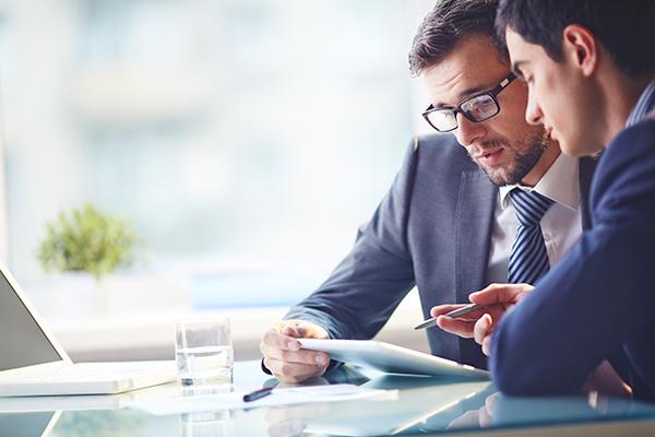 conseiller-financier-specialiser-entreprise