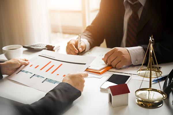 Utiliser le gel successoral et le testament lors de la relève d'entreprise