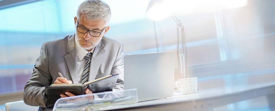 Les services d'un fiscaliste pour planifier la relève d'entreprise